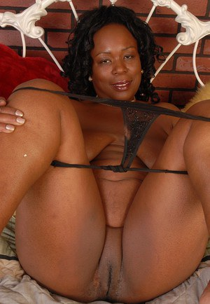 African mature black pussy rather