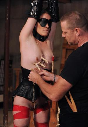 Blindfold Mature Pussy
